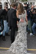 Элизабет Харли, фото 2289. Elizabeth Hurley Elton John's White Tie and Tiara Ball JUNE-23-2011, foto 2289