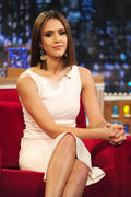 http://img282.imagevenue.com/loc584/th_61335_Jessica_Alba_appears_on_Late_Night_with_Jimmy_Fallon7_122_584lo.jpg